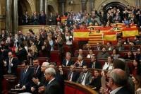 Правительство Испании объяснило приостановку автономии Каталонии угрозами интересам страны