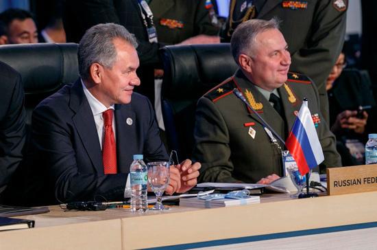 Россия и Филиппины впервые подписали контракт на поставку оружия