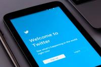 Twitter запретил рекламу RT и Sputnik