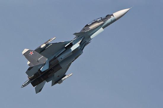 Минобороны показало возможности современного истребителя Су-30СМ