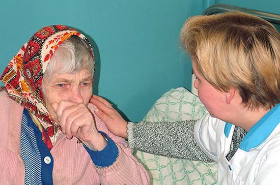 Россиянам разрешат ухаживать за госпитализированными родственниками