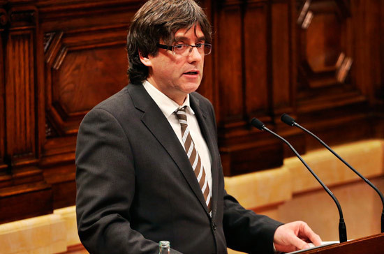 Слушания обэкстрадиции экс-главы Каталонии Пучдемона вИспанию начнутся 17ноября