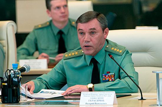 В Крыму создана самодостаточная группировка войск, заявил Герасимов