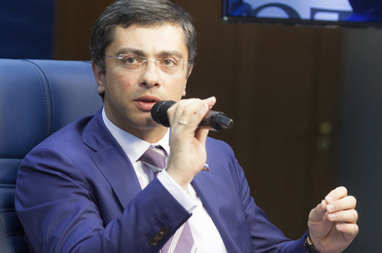 Гутенёв: новая система допуска к гособоронзаказу появится через полтора года