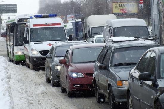 В «Справедливой России» посоветовали уменьшить число машин соспецсигналами