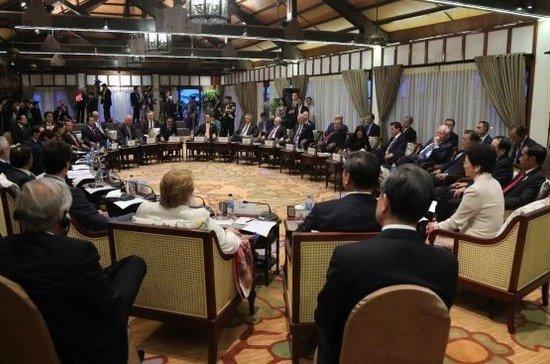 Госдеп: США намерены обсудить новые зоны деэскалации в Сирии на возможной встрече Путина и Трампа
