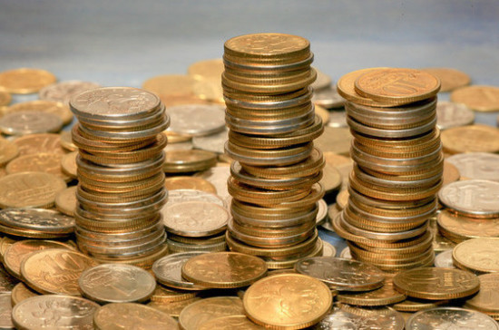 СМИ: зарплаты в России выросли на 2,5 процента
