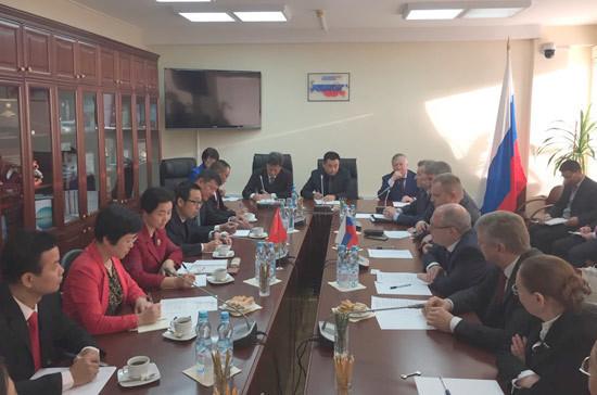 Депутаты Госдумы встретились с парламентариями из Китая