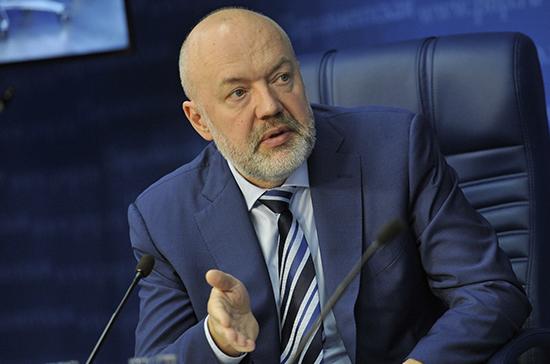 Крашенинников предложил наказывать на 8 лет тюрьмы за «телефонный терроризм»