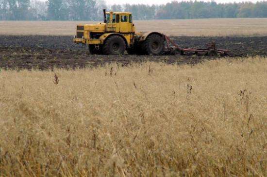 Кашин: 60% отечественных тракторов имеют срок эксплуатации больше 10 лет