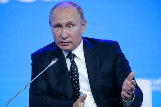 Для Сирии должна быть разработана комплексная программа возрождения, сказал Путин