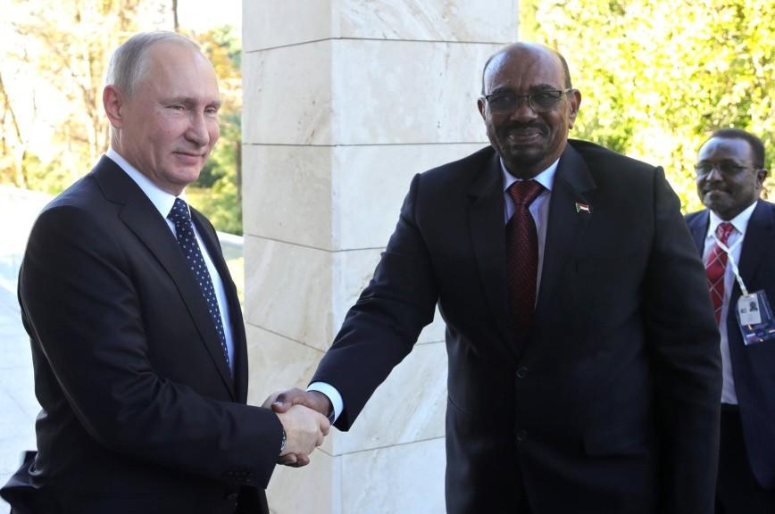 Президент Судана попросил у Путина защиты от «агрессивных действий США»