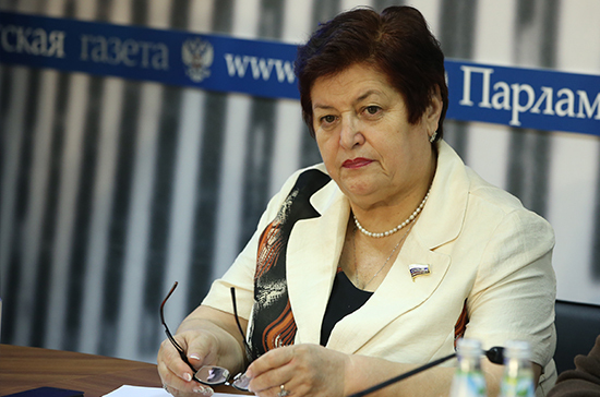 Козлова поддержала законопроект о госрегулировании иммунобиологических препаратов