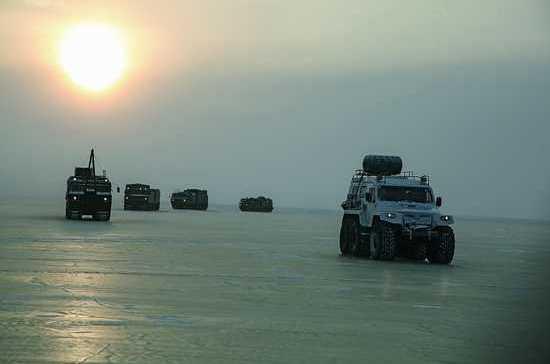 Военные очистят Арктику от мусора до 2020 года