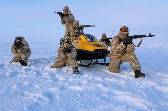 Росгвардия наращивает группировки вАрктике иКрыму
