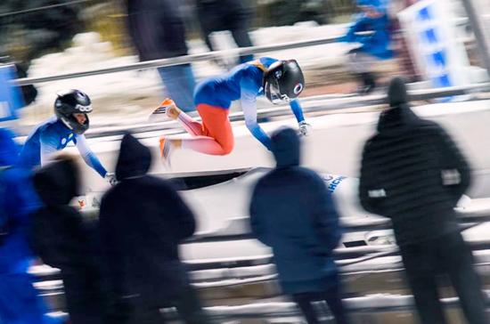 ВФедерации бобслея искелетона отменили отстранение спортсменовРФ