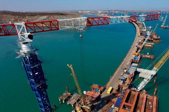 Стало известно, когда мост соединит Крым и Краснодарский край