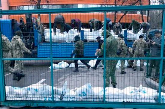 Владелец NewsOne связал блокирование канала стребованием отставки Порошенко