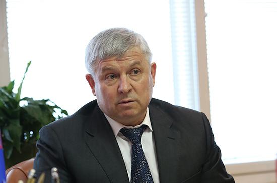 Кидяев поздравил россиян с Днём добровольца