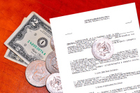 Путин обязал банки информировать граждан о рисках валютных кредитов