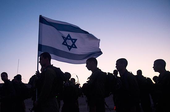 НаЗападном берегу реки Иордан начались стычки между израильтянами ипалестинцами