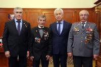 Глава Дагестана Васильев встретился с Героями России