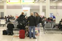 За досмотры в аэропорту будут отвечать сотрудники, а за безопасность — полицейские
