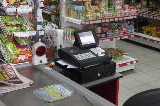 Мошенник вфедеральном розыске устроился кассиром всупермаркет Комсомольска