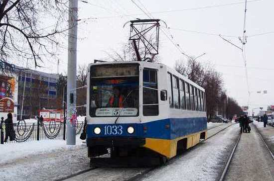 В Уфе все трамваи и троллейбусы остались без электричества из-за долгов