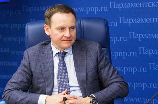 «Единая Россия» продолжит работу по решению проблем в сфере ЖКХ, заявил Сидякин