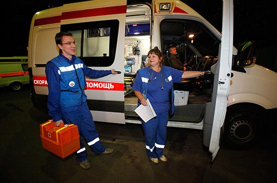 В Томской области сотрудники ГИБДД спасли жизнь женщине,  потерявшей сознание в автобусе