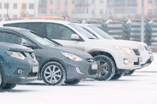 Парковка в Москве в новогодние праздники будет бесплатной
