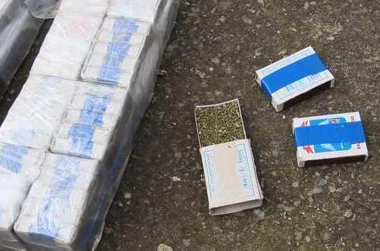 В Краснодарском крае у местного жителя нашли около трёх килограммов марихуаны