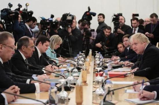Лавров навстрече сДжонсоном оценил уровень отношений междуРФ иБританией