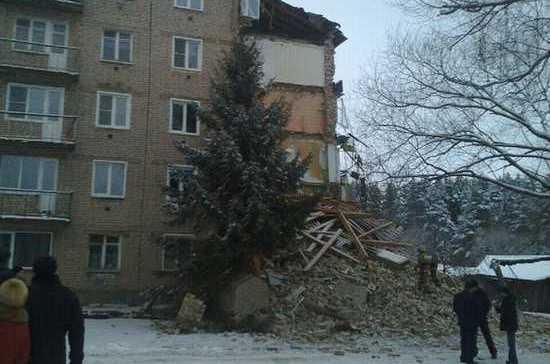 В Ивановской области обрушилась часть стены 5-этажного жилого дома