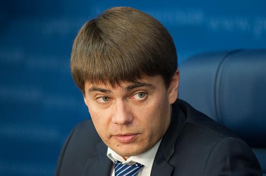 Боярский попросил Генпрокуратуру проверить призывы штаба Навального отделить Петербург от России