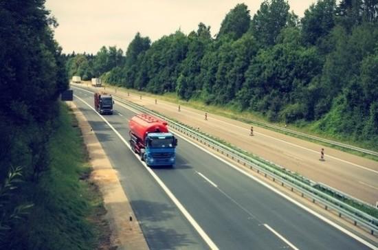 Литовским водителям разрешат не возить с собой права и техпаспорт