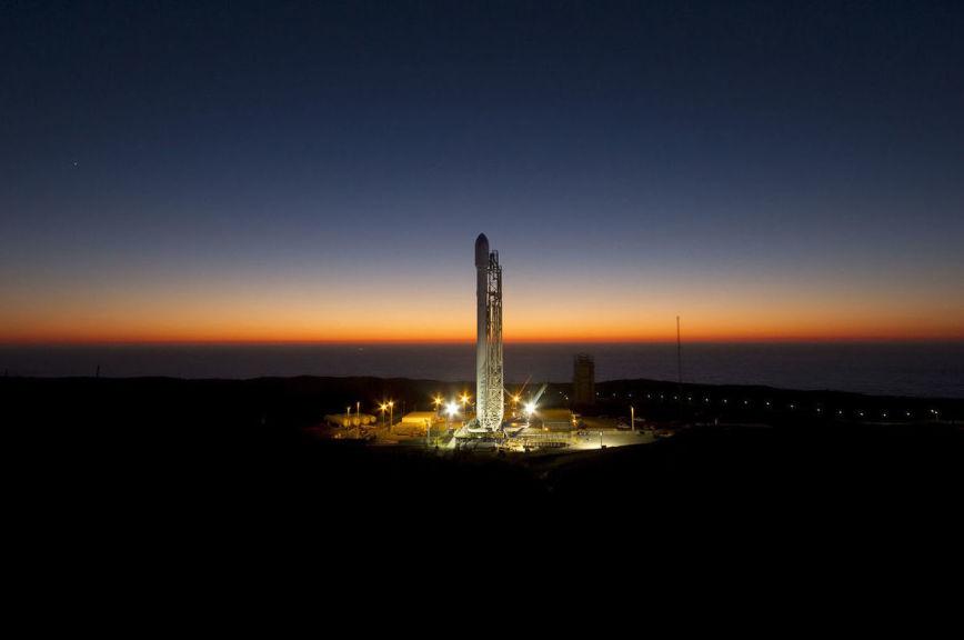 США подготовили к пуску сверхтяжёлую ракету