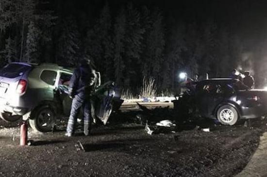 Следователи ищут очевидцев ДТП с десятью погибшими в Югре