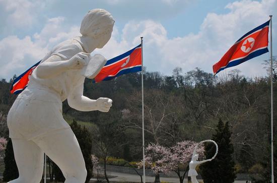Южная Корея задумалась оснятии санкций сКНДР навремя Олимпиады