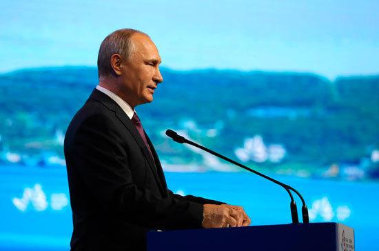 Путин доволен «думающей» о своей роли в будущем страны молодёжью