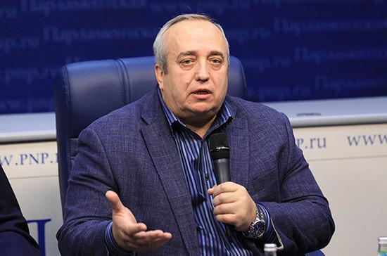Клинцевич высмеял слова украинского генерала о проверке техники из Крыма