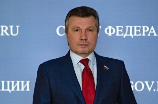 Васильев: регионы могут получить право выплачивать долги по зарплате предприятий-банкротов