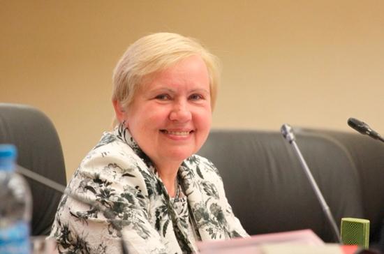 Глава ЦИК Белоруссии: совмещать президентские и парламентские выборы в стране не будут