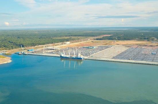 Русские порты в минувшем 2017 году нарастили перевалку грузов на9%