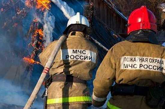 В Москве на рынке «Садовод» загорелся 3-этажный павильон