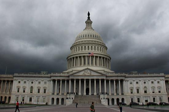 Сенат США одобрил законопроект по слежке за иностранцами