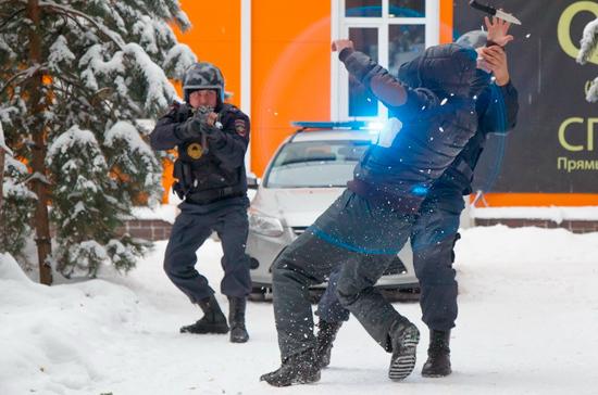 В Волгограде полиция задержала подозреваемых в стрельбе около кафе