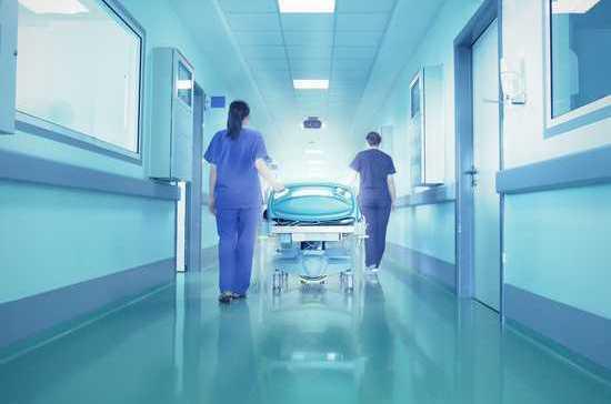 Медики рассказали о положительной динамике в состоянии пострадавшей в Бурятии учительницы