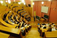 В Рособрнадзоре рассказали о размывании рынка труда юристами и экономистами